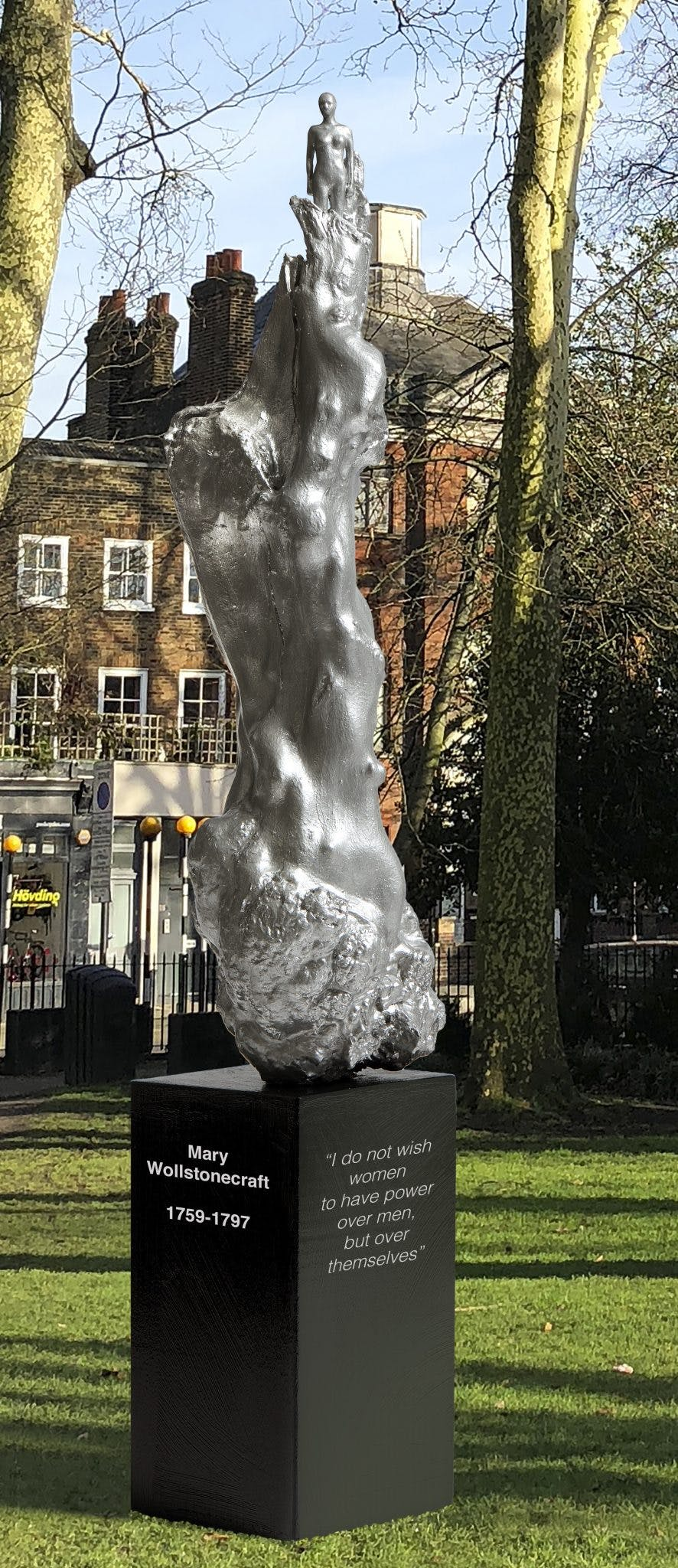 maggi-hambling_photoshop-of-woman-installed-at-site-1-on-newington-green_cropped-23